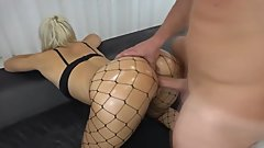 Sexy blonde gets fucked in a sofa